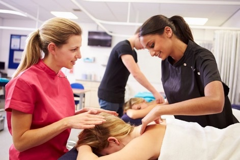 Massage course at Wellpark College